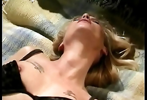 Blonde slattern Candy Apples playing with her pussy