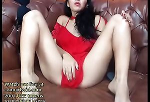 Busty model shows her sexy ass - live at pal up with