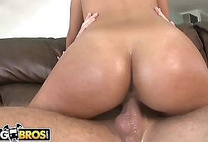 BANGBROS - 18 Year Old Latina Named Diana Gets Her Amazing Big Ass Fucked