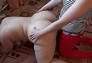 A girlfriend fucks a poof in the mouth and in a shaved hole, licking a fat pussy.