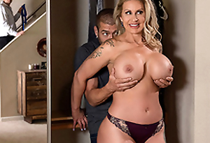 Sneaky Old woman 3 Starring Ryan Conner - Brazzers HD -2