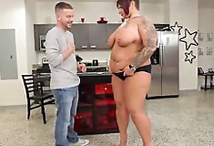 Big Booty Tattooed BBW Fucks the Neighborhood Stud