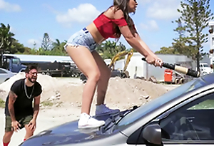 Hot Latina smashes her boyfriend's automobile and fucks a stranger as a repulsion